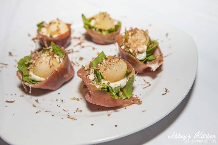 prosciutto_cup_blue_cheese_mousse.jpg