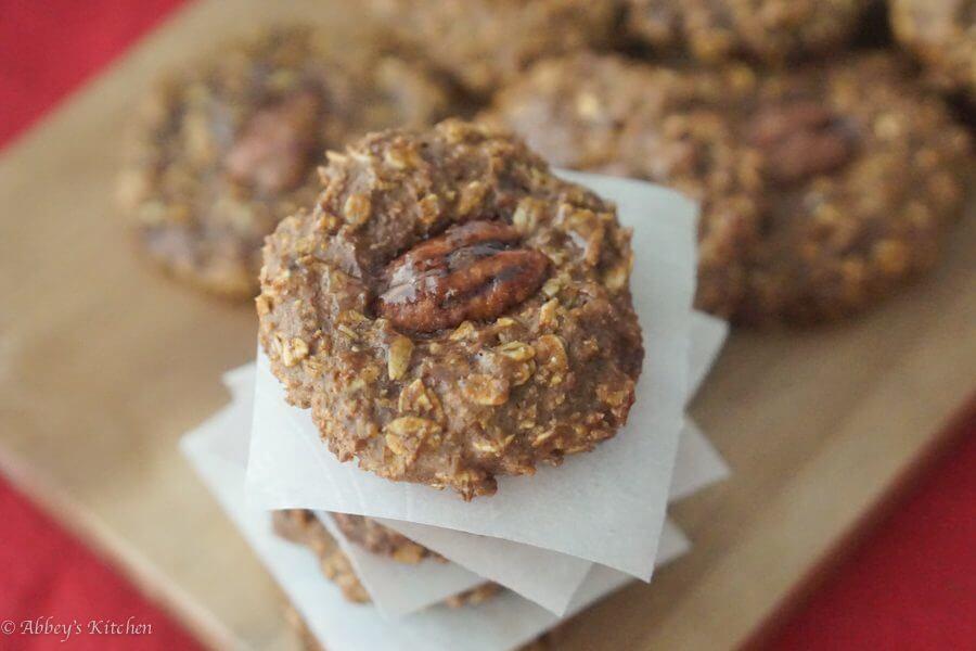 pumpkin_pecan_cookies_7_of_11.jpg