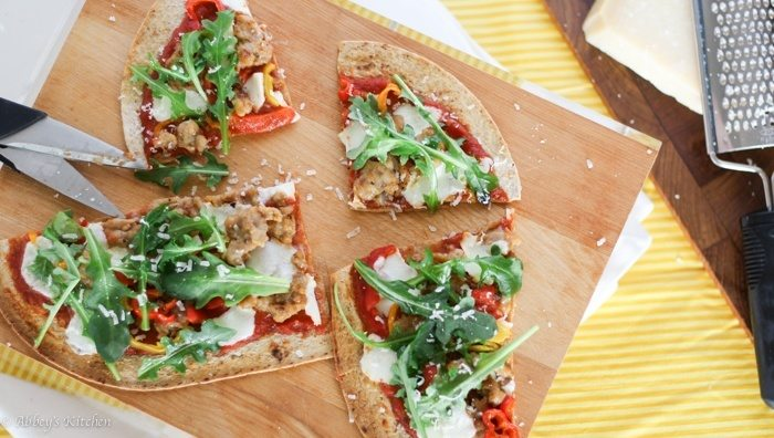 healthy_spicy_sausage_pizza_2_of_7.jpg