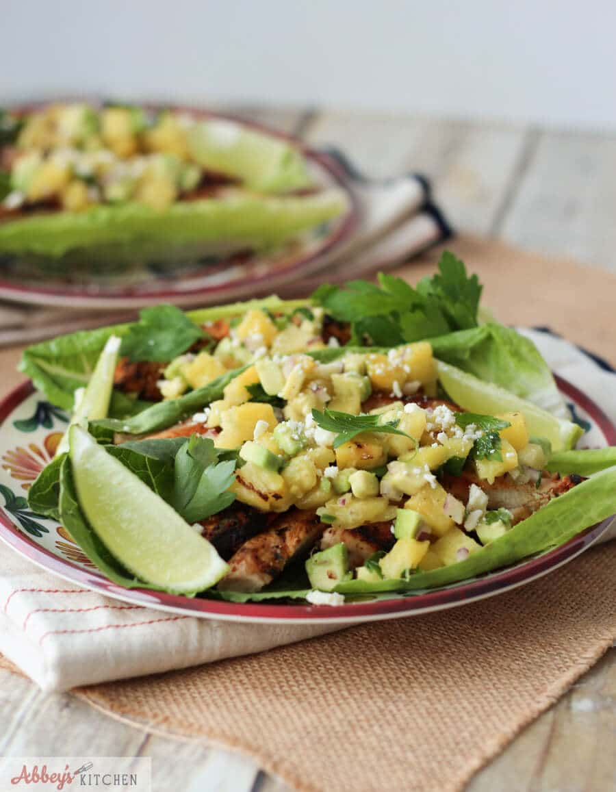chipotle chicken lettuce tacos