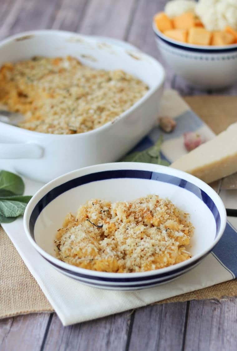 This healthy Butternut Squash Mac and Cheese features a sneaky mixture of whipped squash and low-cal cauliflower in place of the traditional butter-based roux. It's also loaded with holiday flavours, making it the ideal Vegetarian Casserole holiday main dish.