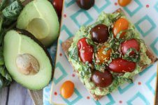 I share easy snack toasts 3 delicious ways to give you options for delicious on the go work snacks for busy days!