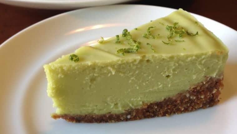 A slice of key lime pie.