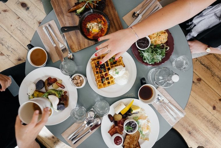 We help you define the ambiguous term of eating in moderation, along with some top tips from registered dietitians on how to eat well without dieting.