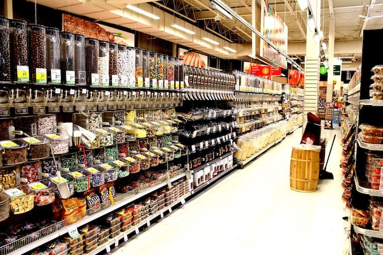 dry food section of a grocery store