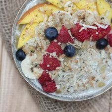 A bowl of hemp hearts no oats porridge.