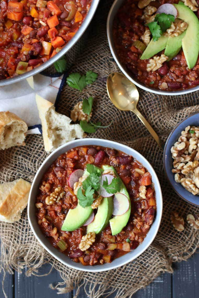 This Vegan Keto Walnut Chili is a delicious Gluten Free, High Protein, Low Carb Dinner Recipe that vegans and carnivores alike will want to CRUSH.