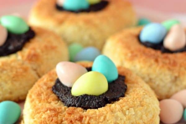 These delicious vegan recipes are perfect for sharing with family and friends this Easter long weekend!