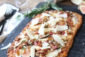 ThisGluten Free Apple, Fig and Caramelized Onion Cauliflower Pizza Flatbread is a perfect low carb, nutrient-packed party snack for entertaining any time of year!
