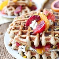 These Vegan Orange Poppyseed Waffles are the perfect Healthy Mother's Day Brunch recipe that are packed with fibre and natural sweetness!