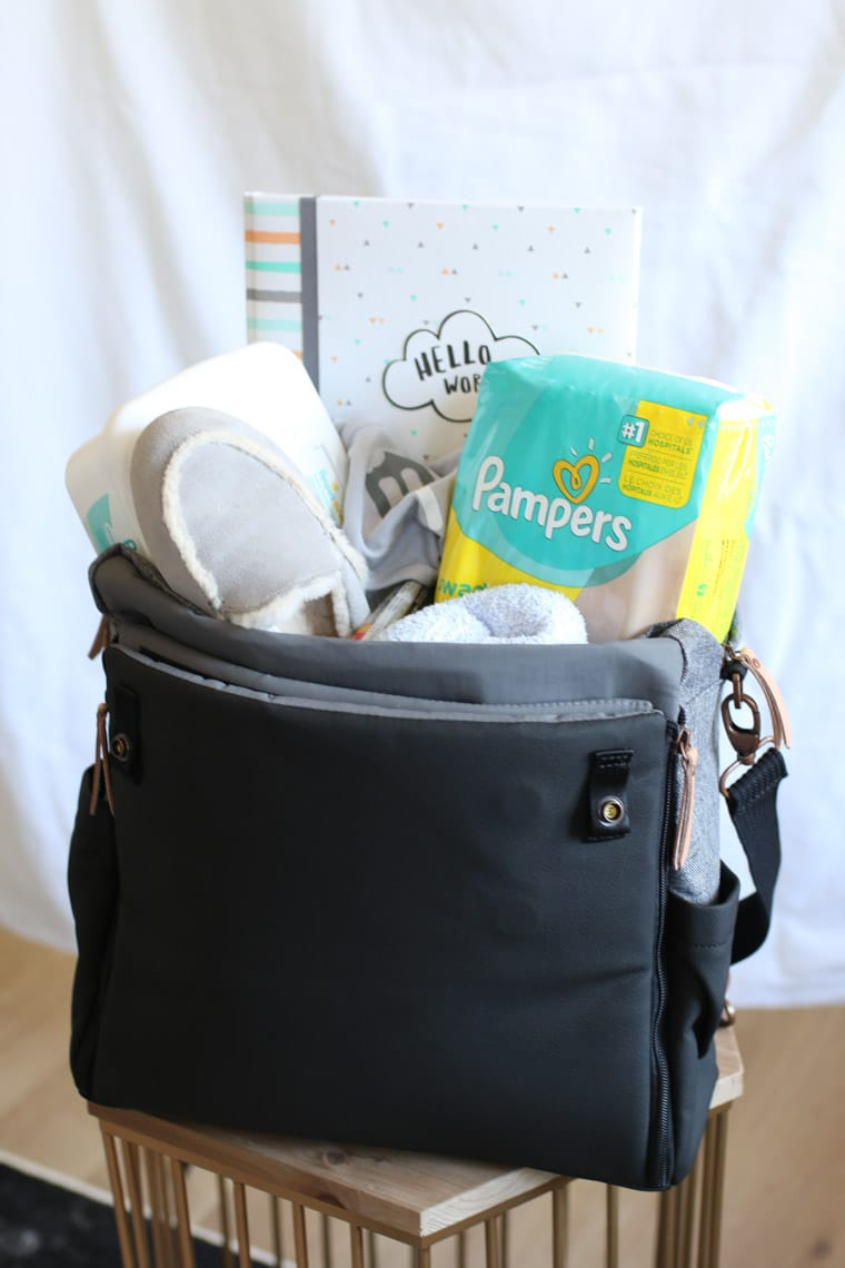 I share my pregnancy hospital bag essentials to give birth as I count down the final days and moments before baby arrives!