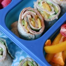 For days you're looking for something other than a traditional sandwich, these Ham, Peach and Avocado Pinwheel Sandwiches for Back to School Lunch Boxes will become your family's favourite!