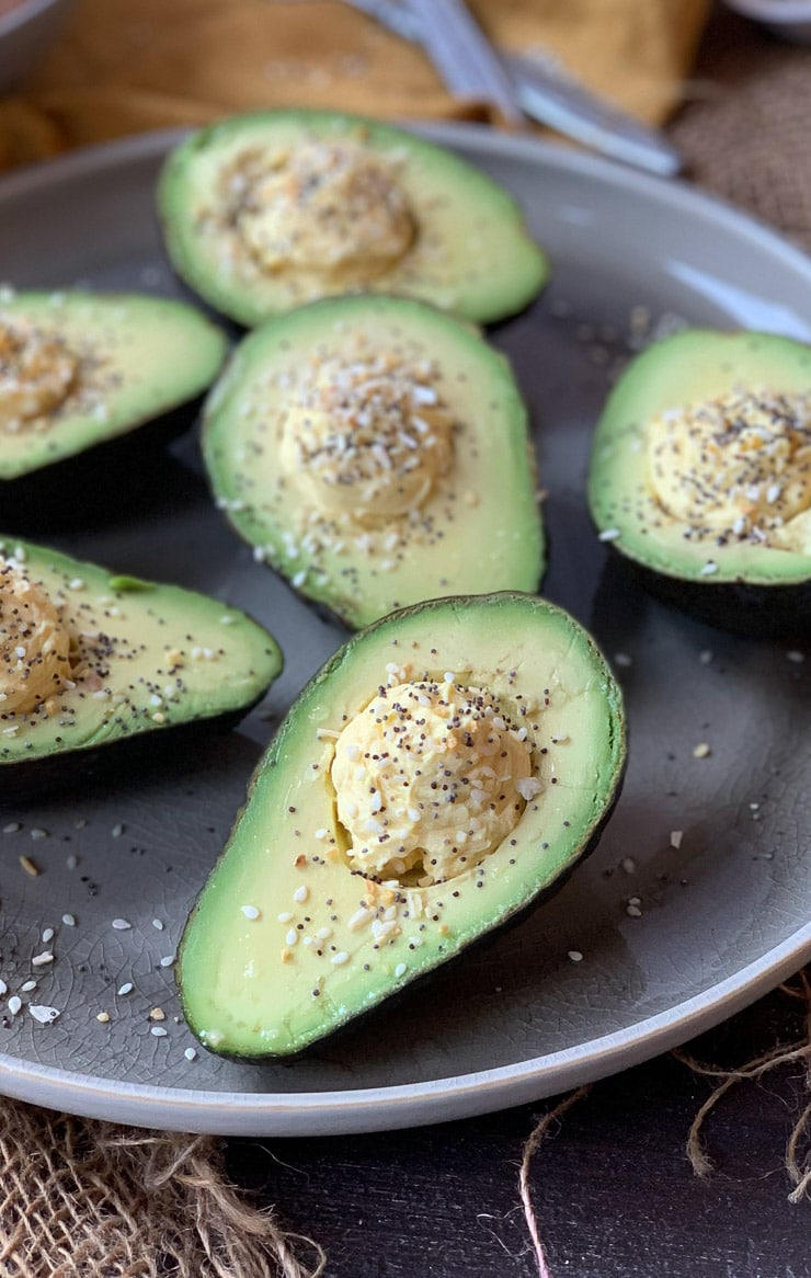 These Everything Bagel Spice Avocado Devilled Eggs are Keto friendly, Low Carb, Gluten Free and packed with healthy fats for a super simple lunch or snack!
