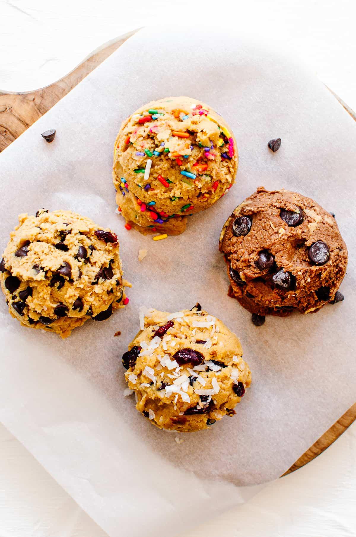 Four cookie dough balls for each flavour.