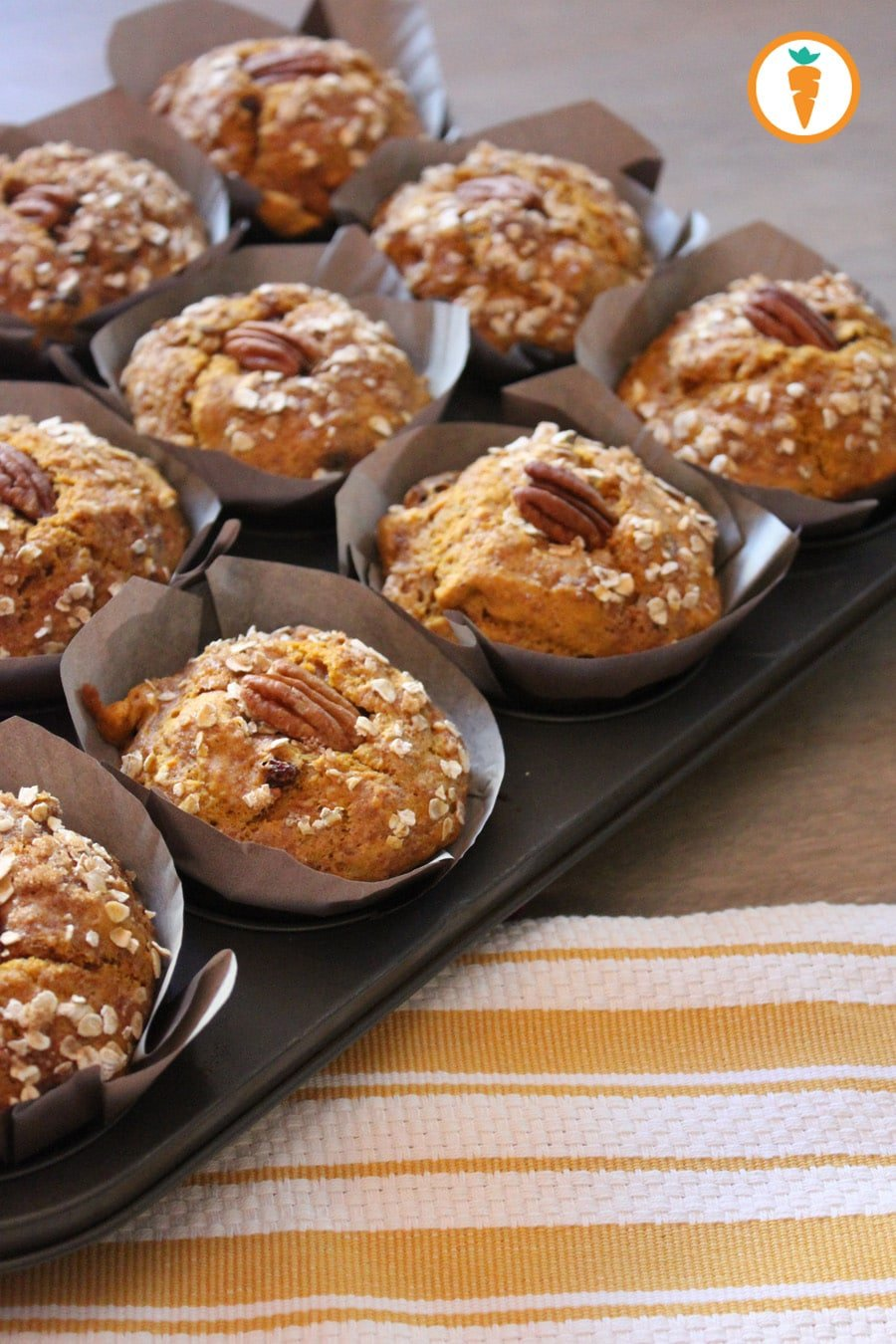 Carrots_and_Cake_Pumpkin_Pecan_Muffins.jpg