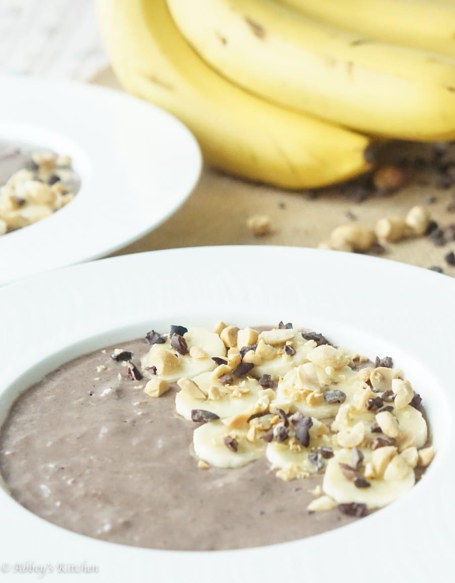 chocolate_pb_smoothie_bowl_2_of_7.jpg