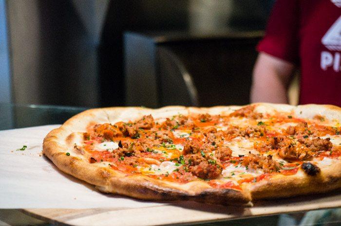 meatball_pizza_1_of_1.jpg