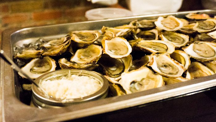 oyster_bar2_1_of_1.jpg