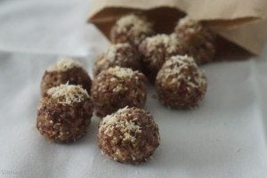 Gluten Free Energy Balls with Quinoa & Coconut