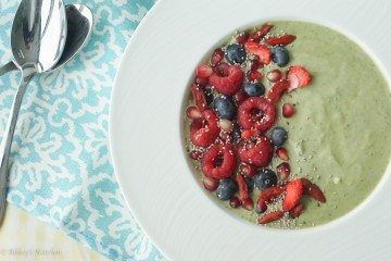 smoothie bowl, healthy smoothie, low fat smoothie bowl, antioxidant smoothie, matcha smoothie bowl